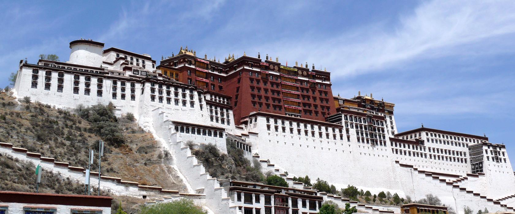 Die karge Schönheit Tibets berührt